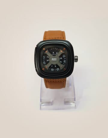 sevenfriday Square